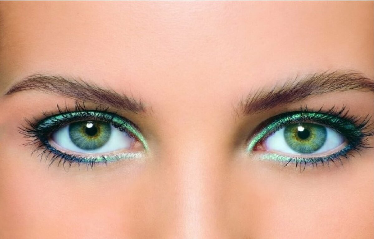 Как усилить зеленые или голубые глаза?